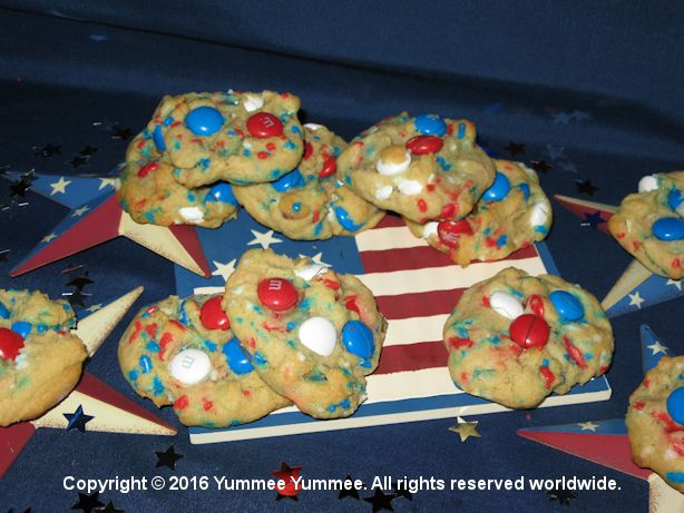 Patriotic Pudding Cookies - makes a gluten-free party